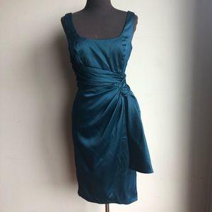 Maggy London sz 4 big bow cocktail dress